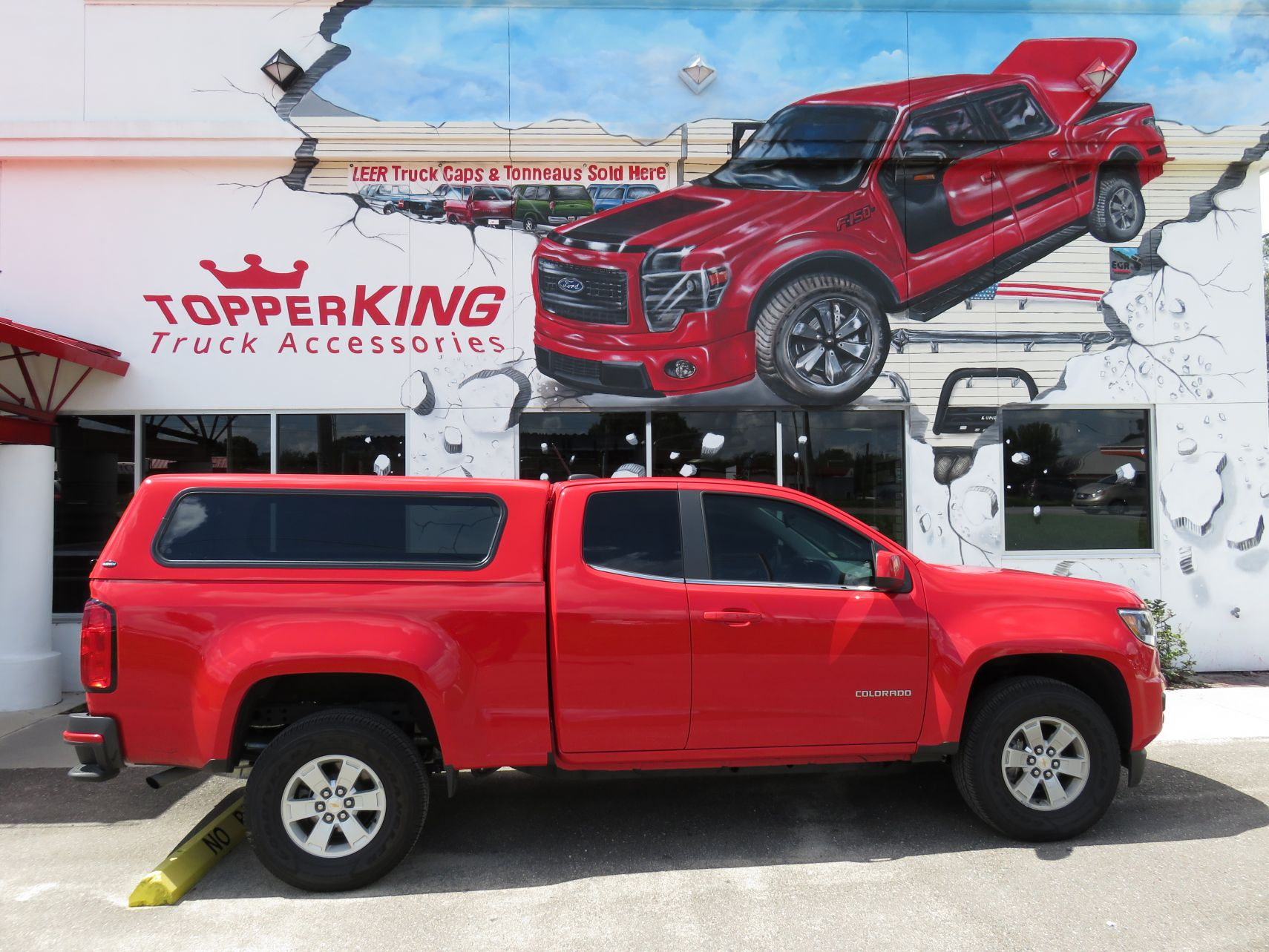 2016 Chevy Colorado with Ranch Echo Fiberglass Topper and Tint by TopperKING in Brandon, FL 813-689-2449 or Clearwater, FL 727-530-9066. Call today to start!