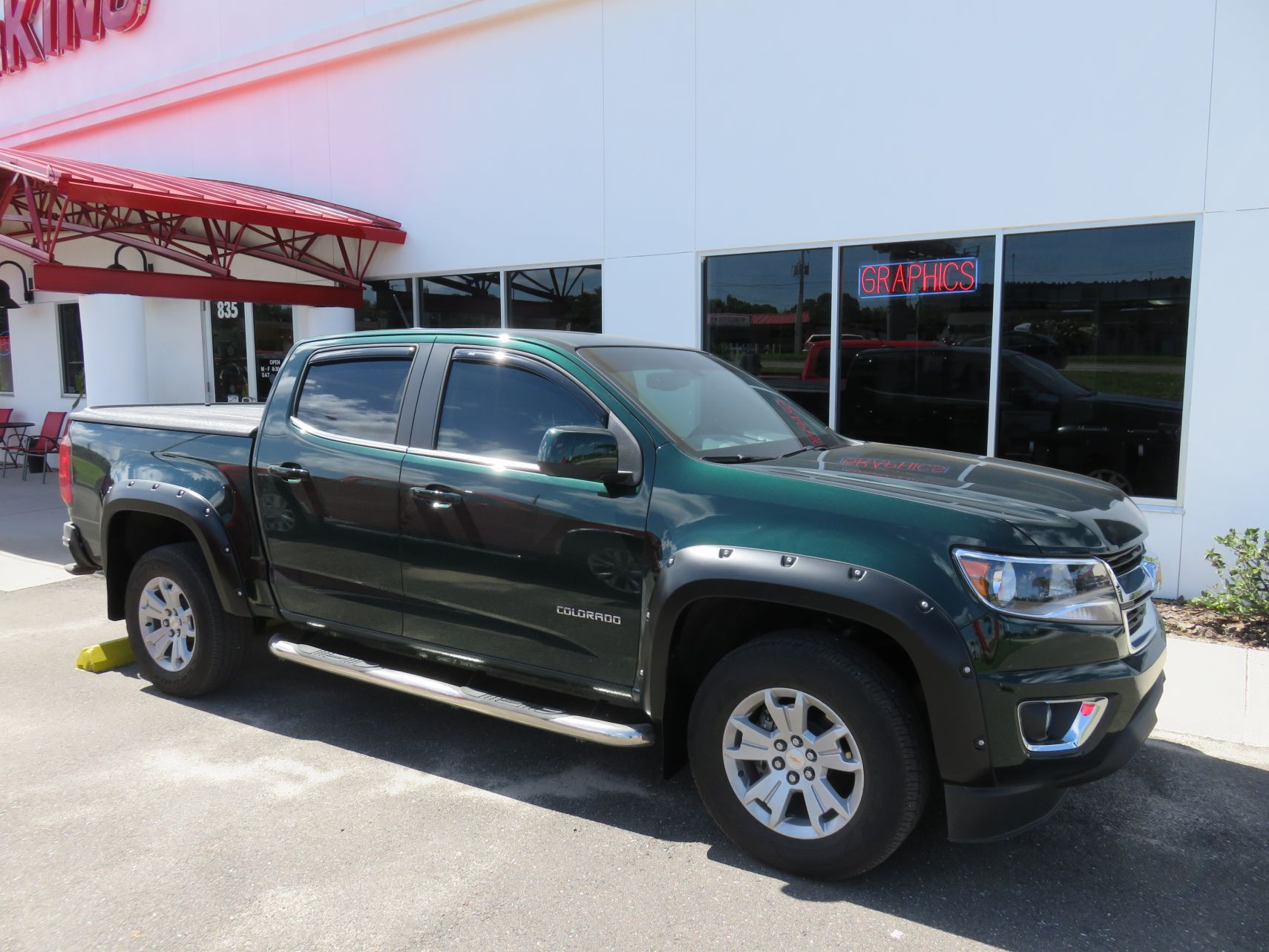 2015 Green Chevy Colorado Bushwacker Fender Flares Topperking Topperking Providing All Of Tampa Bay With Quality Truck Accessories