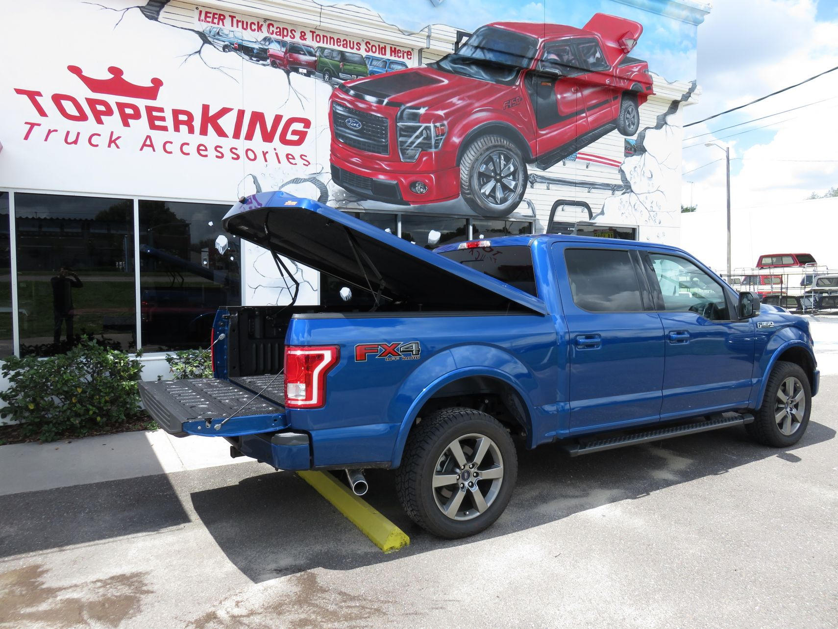 Ford F150 Leer 700 Fiberglass Tonneau Topperking Topperking Providing All Of Tampa Bay With Quality Truck Accessories