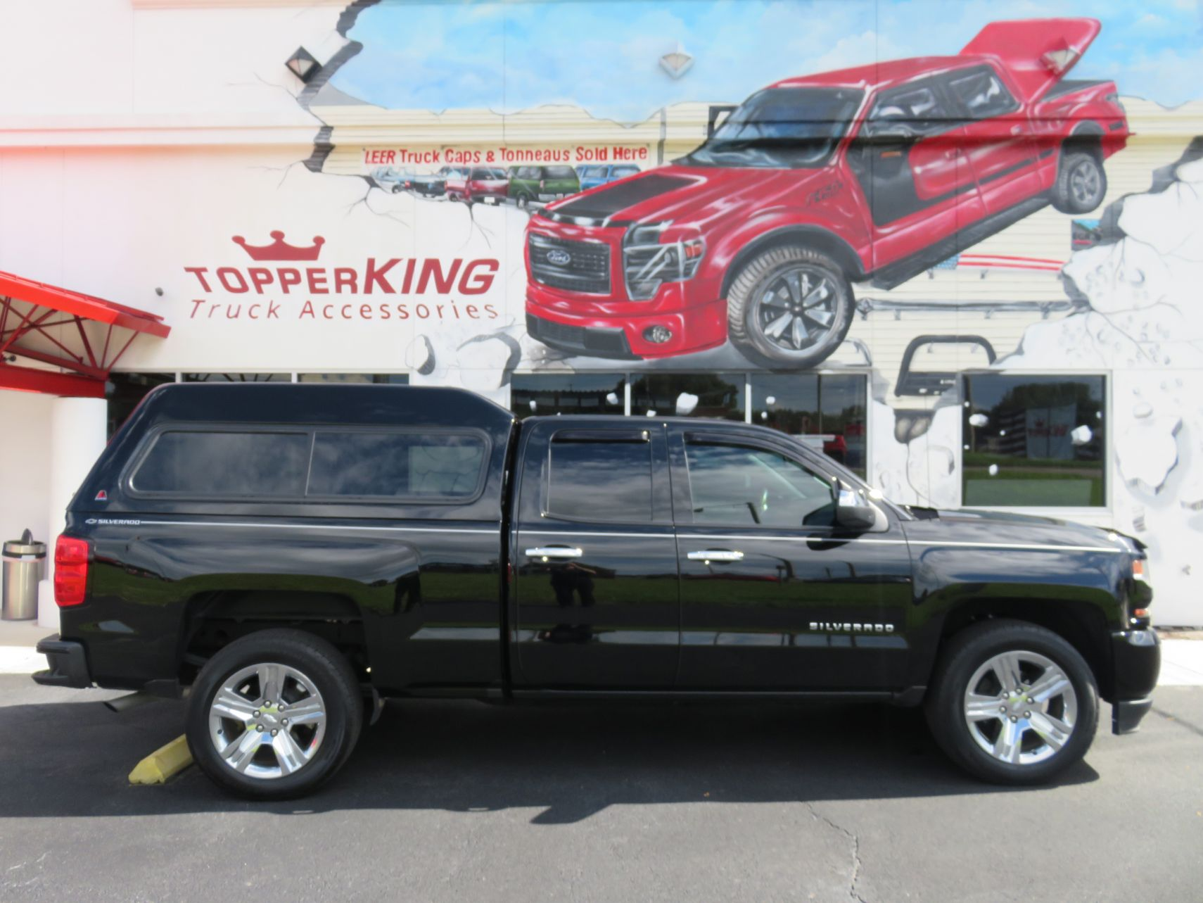 2018 Chevy Silverado with LEER 180, Vent Visors, Bedliner, and Hitch, by TopperKING in Brandon, FL 813-689-2449 or Clearwater, FL 727-530-9066. Call today!