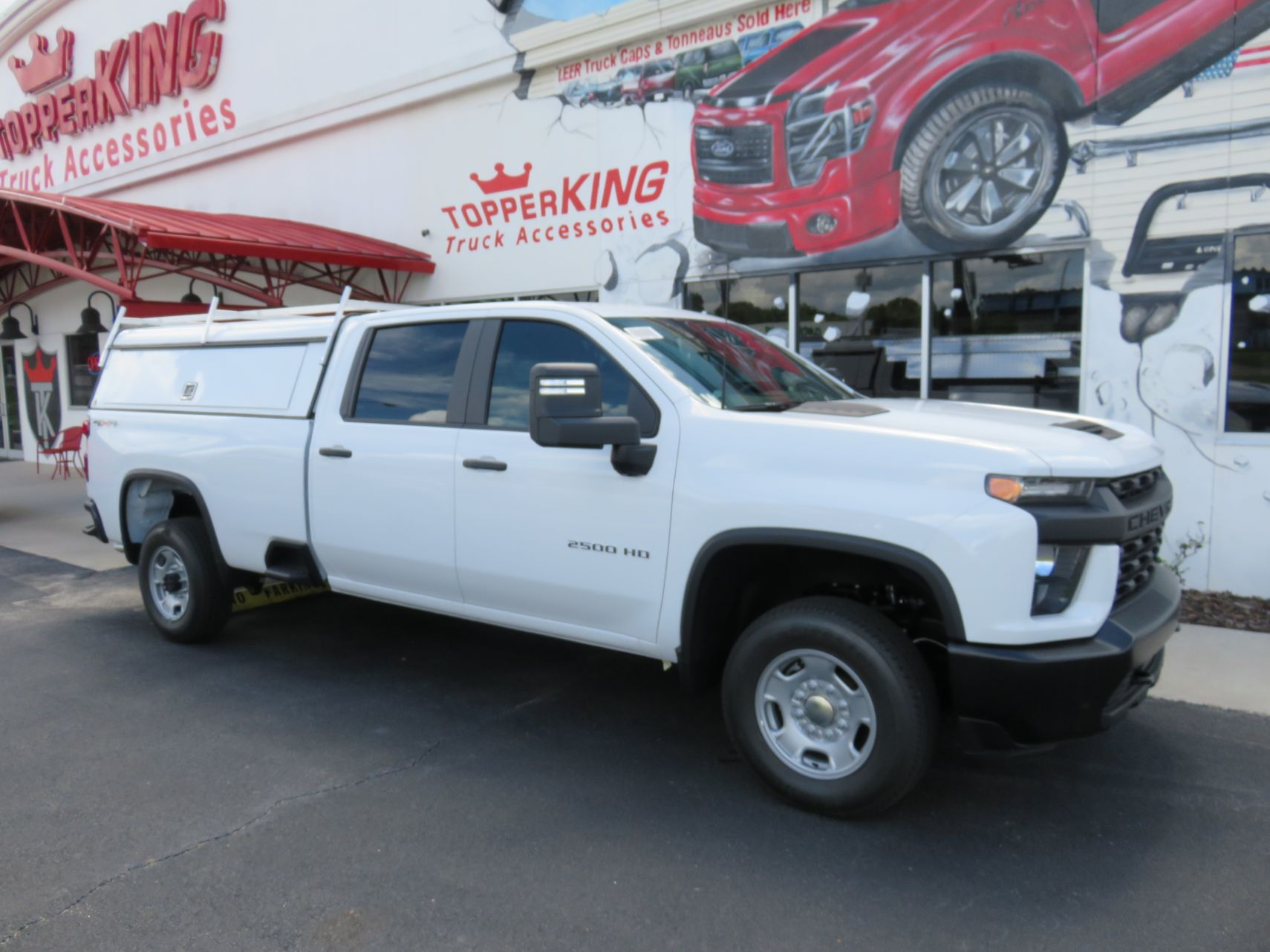 2020 Chevrolet Silverado with LEER DCC, Solid Side Doors, Tint, Hitch by TopperKING Brandon 813-689-2449 or Clearwater FL 727-530-9066. Call!